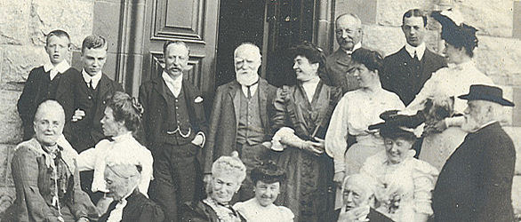 Lord Strathcona with friends and family outside Glencoe House circa 1905