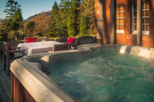 glencoe house suite 1 hot tub