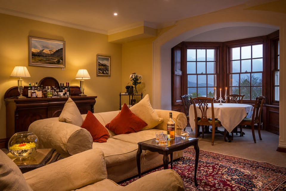Picture of the sitting room of suite 8 - Glencoe House