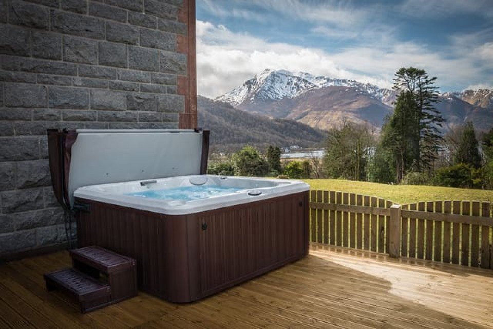 Picture of the jacuzzi of suite 8 - Glencoe House